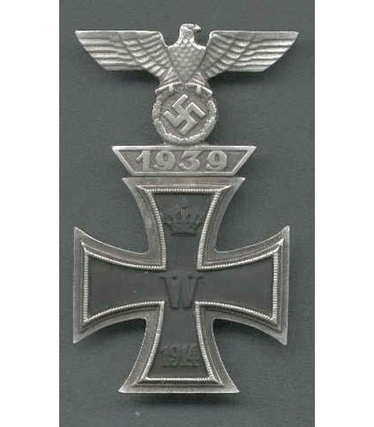 WW2 German Iron Cross with clasp