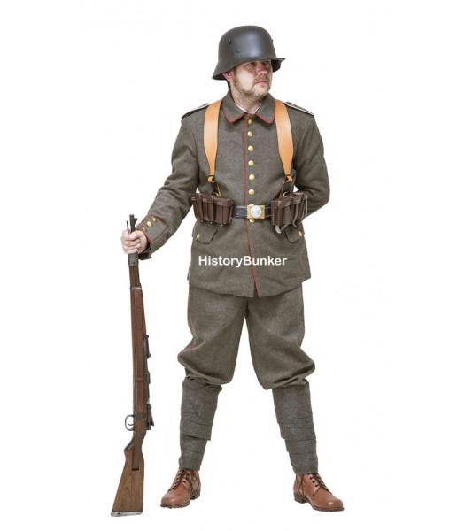 WW1 Imperial German Soldier uniform 1916 with webbing