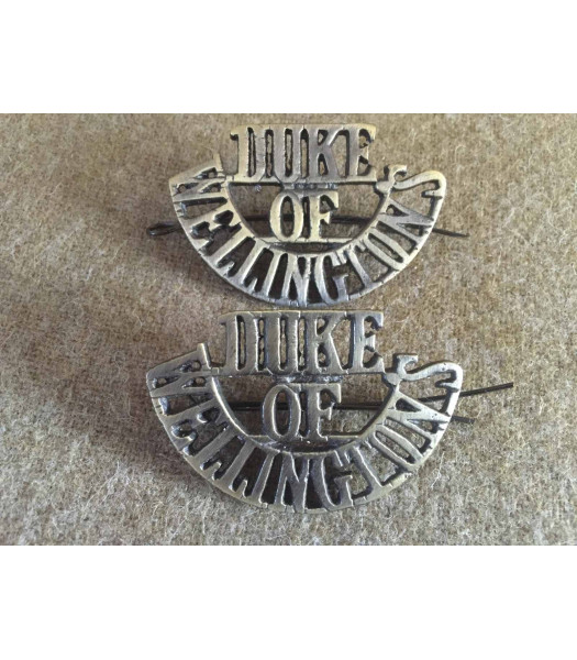 Duke of Wellington shoulder titles WW1